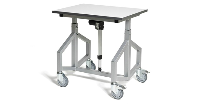 Battery powered adjustable height trolley